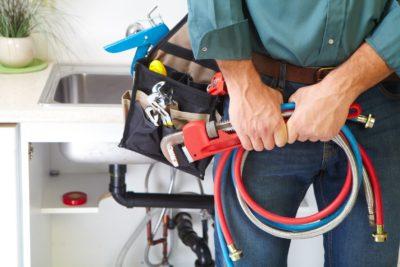 Βούλωσε ο νεροχύτης; Πως να τον ξεβουλώσετε χωρίς υδραυλικό;
