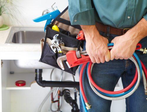 Βουλωμένος νεροχύτης; Πως να τον ξεβουλώσετε χωρίς υδραυλικό;
